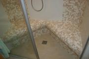 <h5>Badewanne raus Dampfdusche rein!!</h5><p>statt der alten Badewanne eine Dampfdusche.</p>