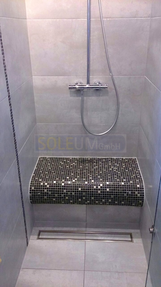 befliesbarer Duschsitz BTB