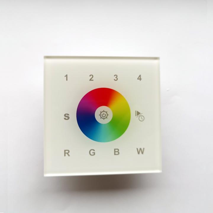 RGBW-LED-Wandtaster